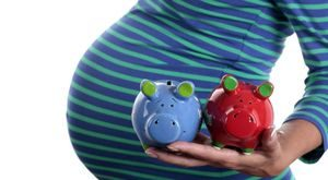 Декретные выплаты в 2017 году для неработающих мам: перечень, размеры и порядок оформления