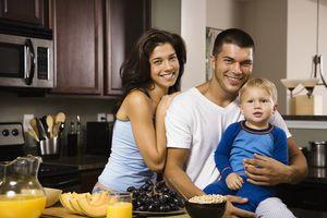 Как найти очередь на молодую семью