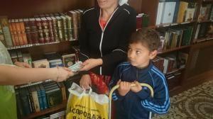 Адресная материальная помощь малоимущим семьям в 2017 году: виды и сумма единовременной и ежемесячной поддержки