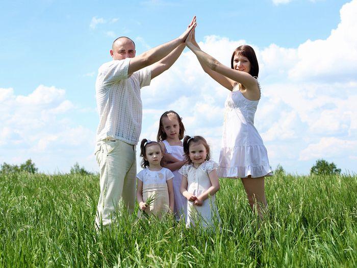 Земельный участок, квартира или денежная компенсация многодетным семьям