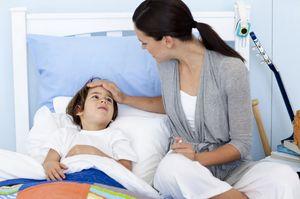 Кому положен больничный по уходу за ребенком