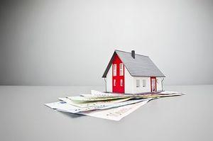 Кто имеет право на налоговый вычет при продаже квартиры