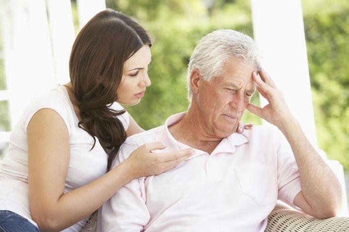 Правила оформления материальной помощи при смерти родственника