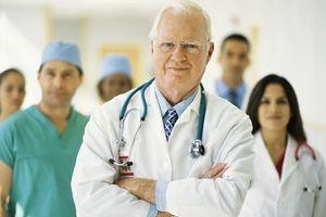 Льготная пенсия медработникам в 2017 году: изменения, список должностей и правила оформления