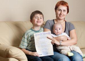 Порядок получения материнского капитала до 3 лет