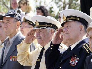 Кому положены налоговые льготы из военных пенсионеров