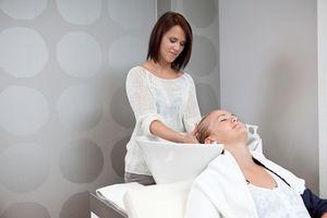 Льготы и выплаты парикмахерам при получении профессионального заболевания