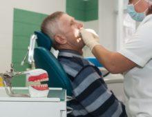 Льготное протезирование зубов ветеранам труда, пенсионерам, инвалидам