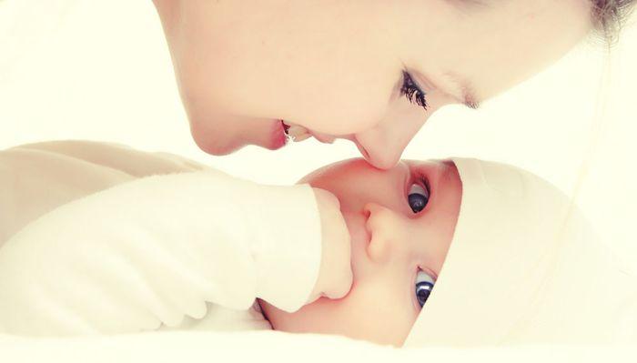 Для чего нужен полис ОМС для новорожденного