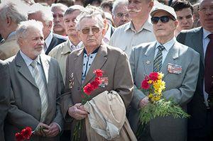 Какие льготы положены ветеранам труда в Санкт-Петербурге и Ленинградской области