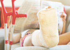 Виды строхования от несчастных случаев:добровольное, обязательное