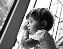 Кто может получить статус ребенка, оставшегося без попечения родителей