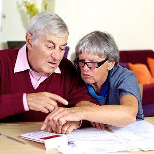 Медицинские и налоговые льготы пенсионерам в Санкт-Петербурге