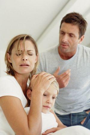 Лишение родительских прав отца из-за его аморального образа жизни