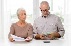 Платят ли пенсионеры имущественный налог