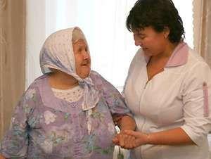 Кто может оформить патронаж над пожилым человеком