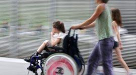 Правила выплаты пособия по уходу за ребенком-инвалидом