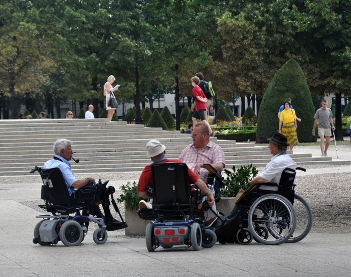 Законы о назначении социальной пенсии по инвалидности