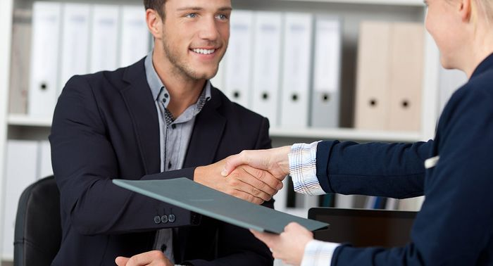 Кто может оформить отпуск с последующим увольнением