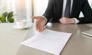 Можно ли отказаться от страховки при получении кредита