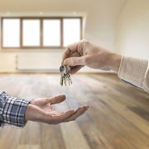 Как продать комнату, купленную на материнский капитал