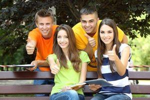 Молодежные кредитные карты